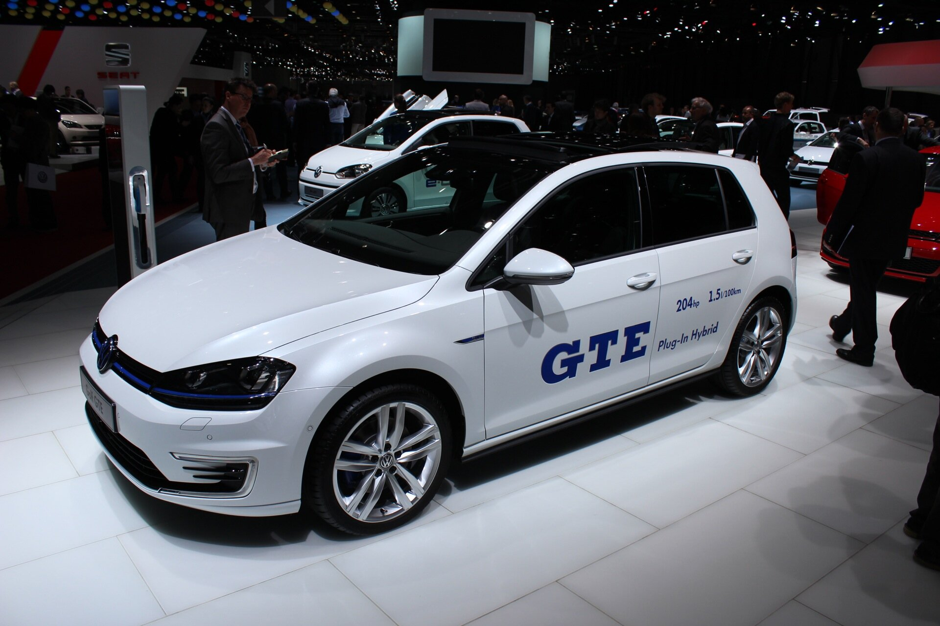 Volkswagen Golf GTE plug-in hybrid mpg